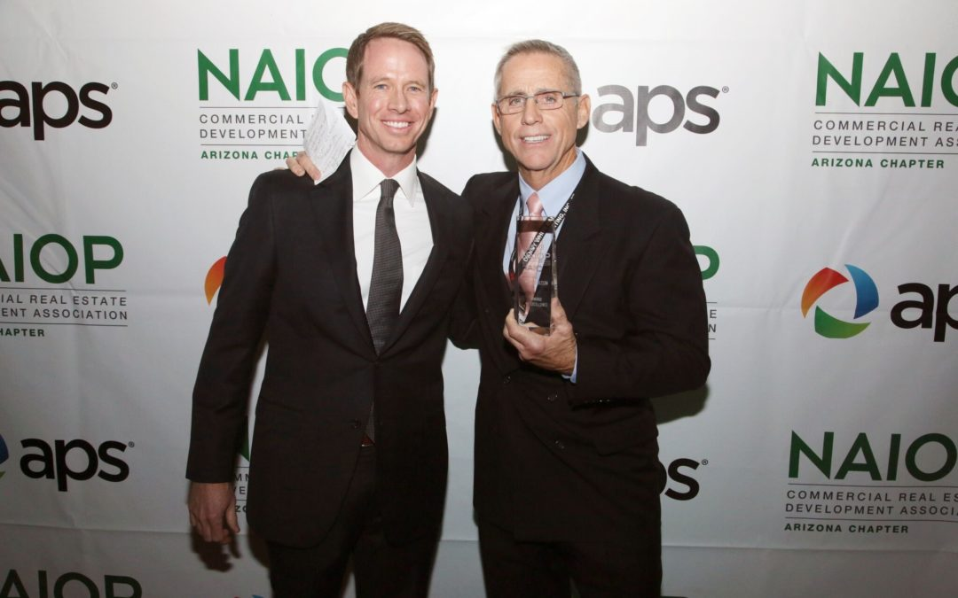 Industry mentor Pete Bolton honored with Award of Excellence at Best of NAIOP Arizona