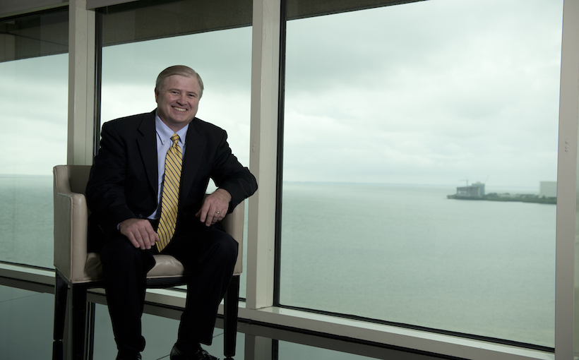 "AZCREW presents economic outlook'guru' Kiernan ""KC"" Conway at its March lunch"