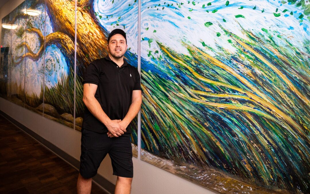 Local artist who has worked for Guy Fieri, Shaquille O'Neal is creating art for Phoenix apartment community he calls home