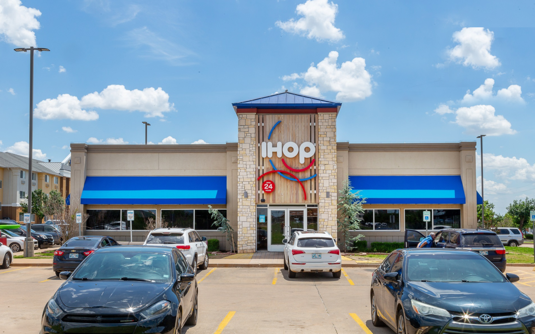 NAI Horizon's Investment Services Group negotiates $4.3M sale of IHOP in Oklahoma City